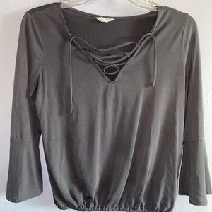 Cross over V neck top